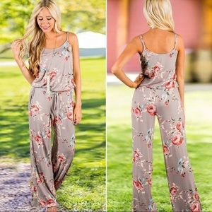 NEW Floral Print Halter Sleeveless Jumpsuit Romper